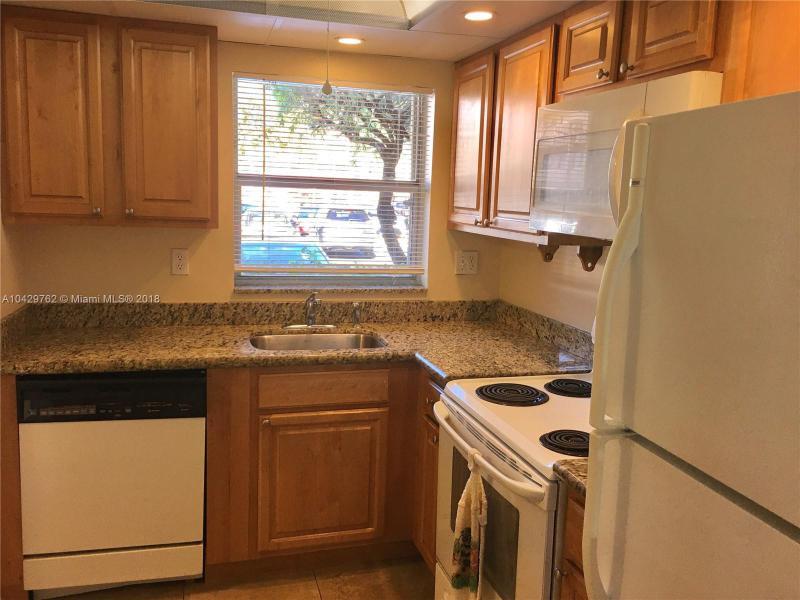 Imagen 16 de Townhouse Florida>Sunrise>Broward      - Sale:62.000 US Dollar - codigo: A10429762
