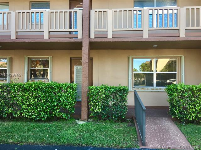 Imagen 28 de Townhouse Florida>Sunrise>Broward      - Sale:62.000 US Dollar - codigo: A10429762