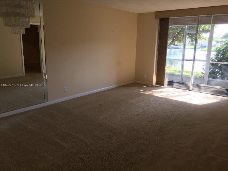 Imagen 31 de Townhouse Florida>Sunrise>Broward      - Sale:62.000 US Dollar - codigo: A10429762