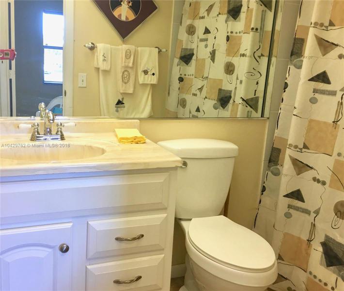 Imagen 8 de Townhouse Florida>Sunrise>Broward      - Sale:62.000 US Dollar - codigo: A10429762