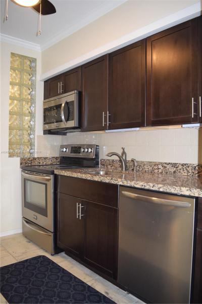 10210  Collins Ave  Unit 306, Bal Harbour, FL 33154-1454