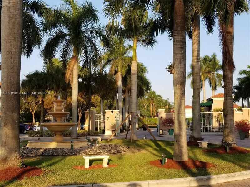 Doral Isles Single Family Homes Condos Miami Real Estate