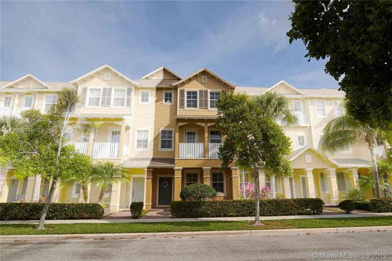 122 Royal Palm Circle, Jupiter FL 33458-