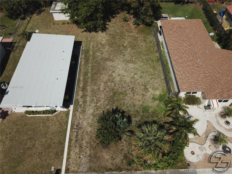 41 SE 14th St, Dania Beach, FL, 33004