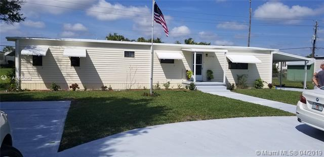 7319 SE Eagle Ave , Hobe Sound, FL 33455-4503