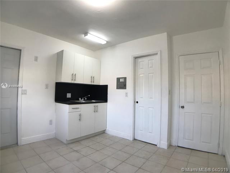 230 SW 16 ave  Miami, FL 33135- MLS#A10659662 Image 5
