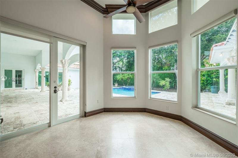 5801 SW 102nd St, Pinecrest, FL, 33156