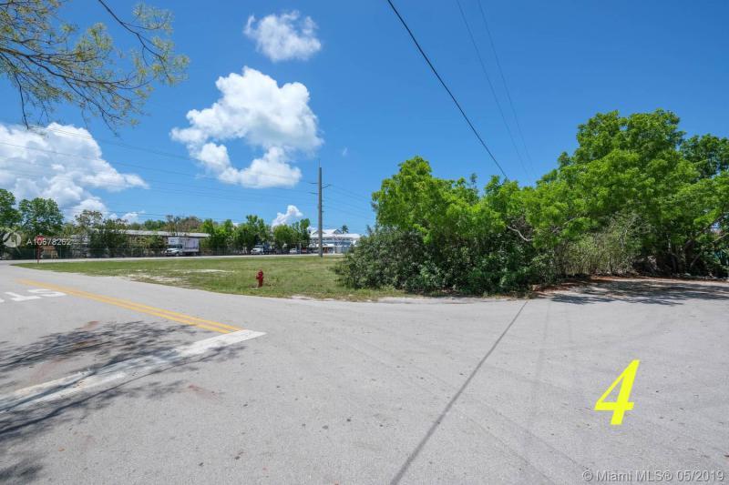 MM 88.61 Overseas Highway, TAVERNIER, FL, 33070