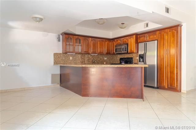 11255 SW 11th St, Pembroke Pines, FL, 33025