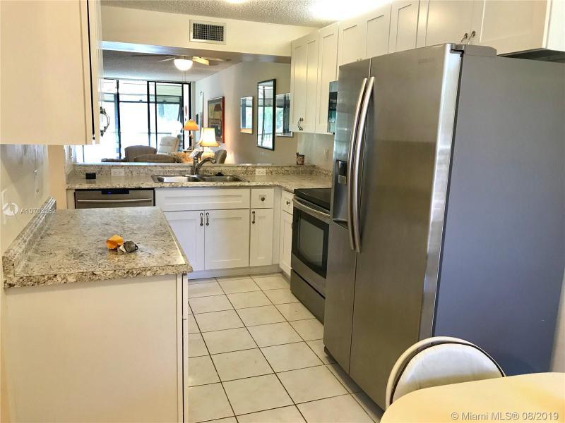 5721 Coral Lake Dr 209, Margate, FL, 33063
