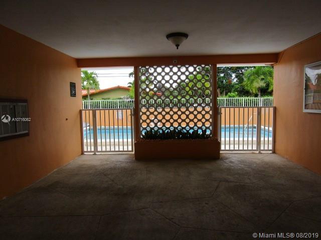 1014 Salzedo St 105, Coral Gables, FL, 33134