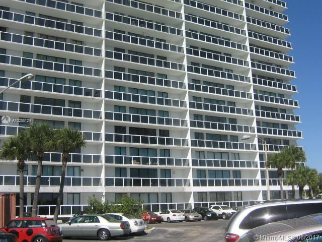 For Sale 20505 E Country Club Dr #233 Aventura  FL 33180 - Waterview