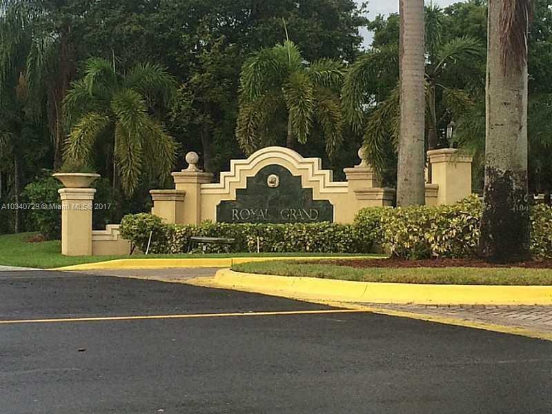 2600 University Dr, Davie FL 33328-1464
