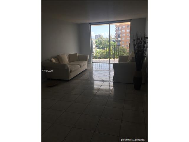 1470 NE 125th Ter  Unit 305, North Miami, FL 33161-5259