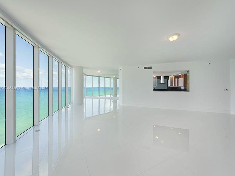 Residential Rental En Rent En Broward     , Hollywood, Usa, US RAH: A10386329