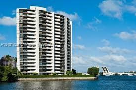 Trianon Condominium