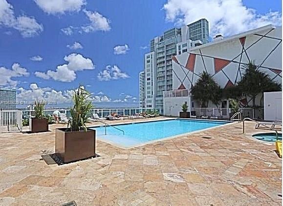 Imagen 2 de Residential Rental Florida>Miami>Miami-Dade   - Rent:1.950 US Dollar - codigo: A10429229