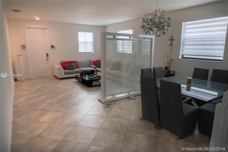 3553 W 93rd Pl, Hialeah, FL, 33018