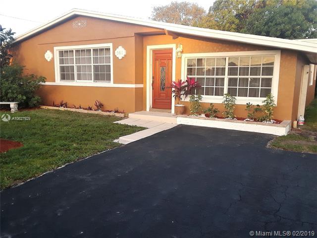 7571  Taylor St , Hollywood, FL 33024-7045