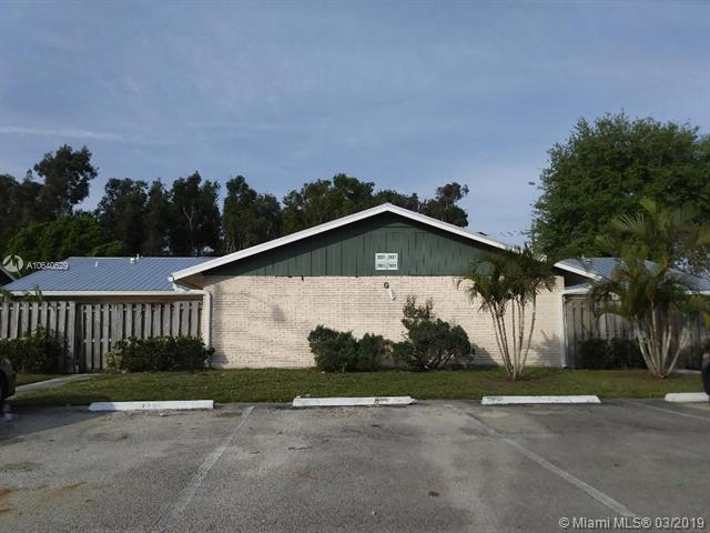 18510 SE Wood Haven Lane , Tequesta, FL 33469-