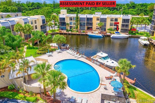 4 Royal Palm Way, Boca Raton FL 33432-