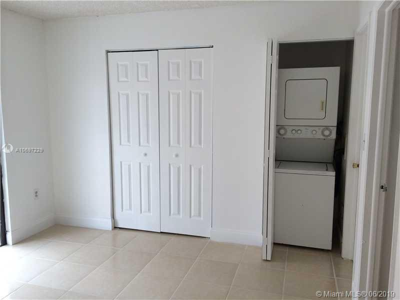 2158 W 60th St 13201, Hialeah, FL, 33016