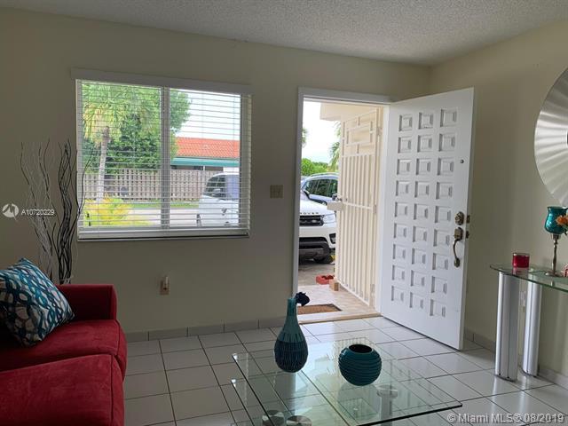 1014 W 41st St, Hialeah, FL, 33012