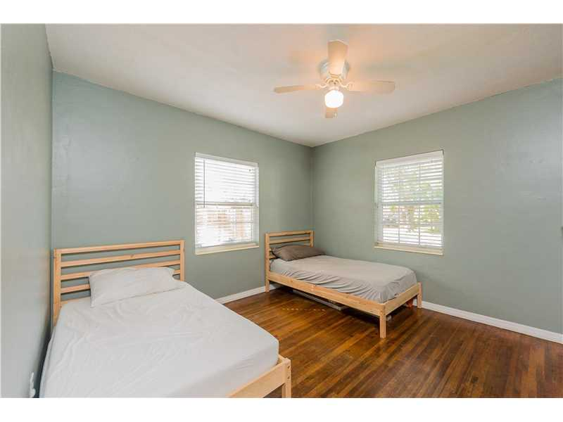 For Sale at  9437 NW 2Nd Pl Miami Shores  FL 33150 - Odell Manors - 2 bedroom 1 bath A10223396_14