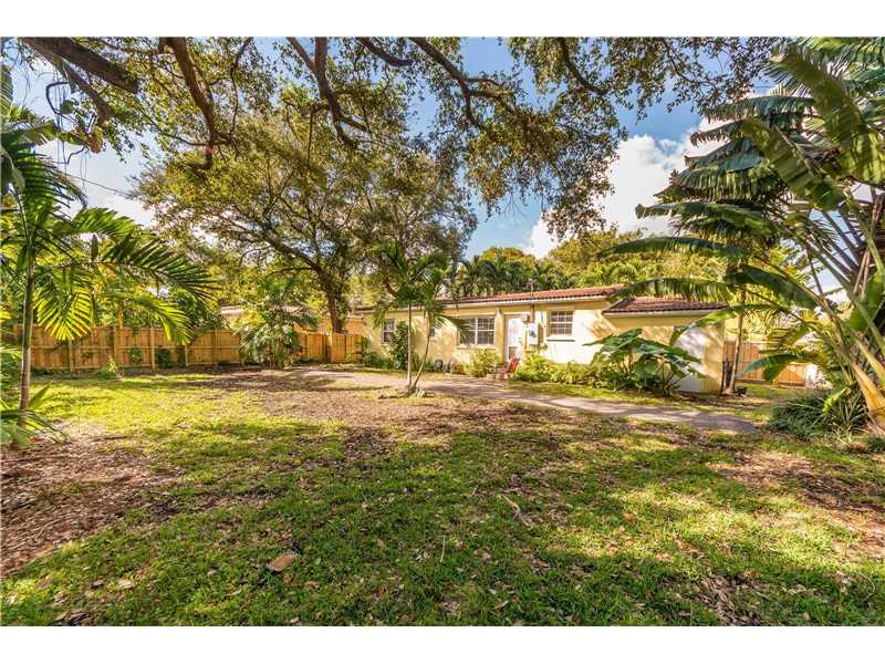 For Sale at  9437 NW 2Nd Pl Miami Shores  FL 33150 - Odell Manors - 2 bedroom 1 bath A10223396_17