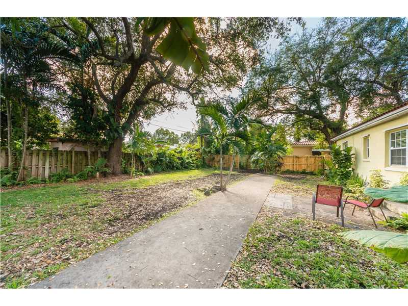 For Sale at  9437 NW 2Nd Pl Miami Shores  FL 33150 - Odell Manors - 2 bedroom 1 bath A10223396_19