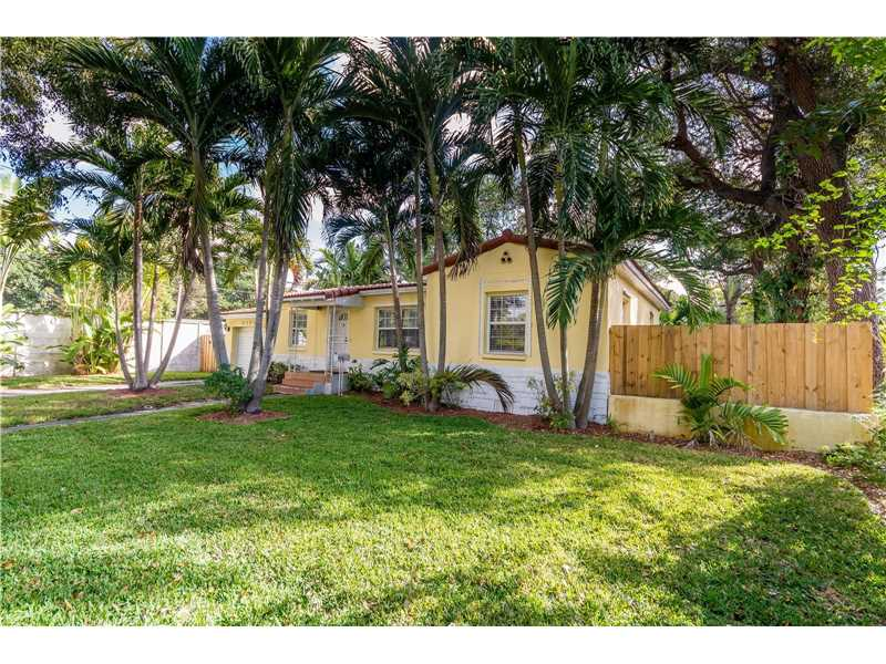 For Sale at  9437 NW 2Nd Pl Miami Shores  FL 33150 - Odell Manors - 2 bedroom 1 bath A10223396_3