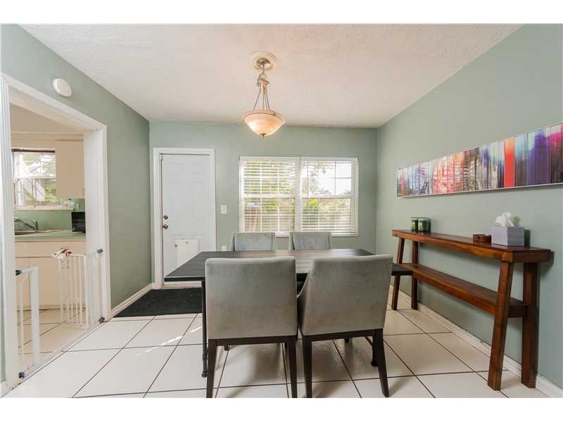 For Sale at  9437 NW 2Nd Pl Miami Shores  FL 33150 - Odell Manors - 2 bedroom 1 bath A10223396_8