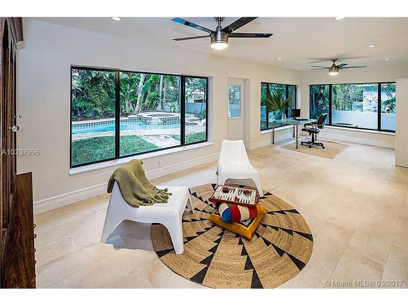 For Sale at  5 NE 107Th St Miami Shores  FL 33161 - Dunnings Miami Shores Ext - 4 bedroom 3 bath A10237996_7