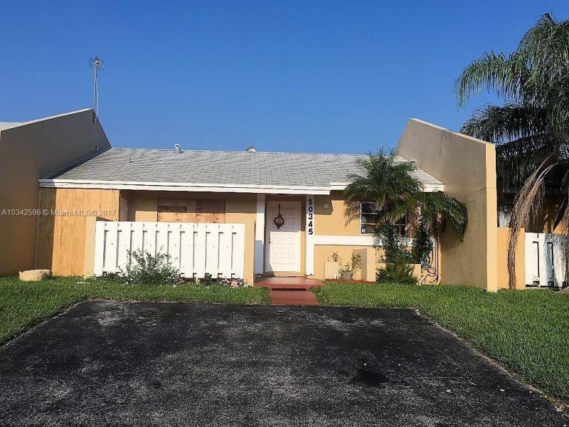 22641 SW 88th Pl  Unit 204, Cutler Bay, FL 33190-2021