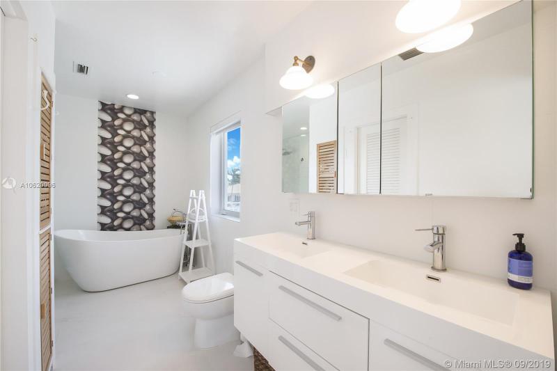 13000 Zambrana Street, Coral Gables, FL, 33156