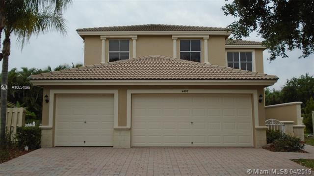 4882 Victoria Circle, West Palm Beach FL 33409-