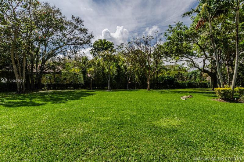 10300 SW 72nd Ave, Pinecrest, FL, 33156