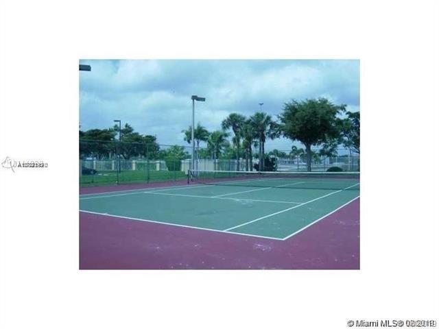 164 SW 83rd Way 103, Pembroke Pines, FL, 33025