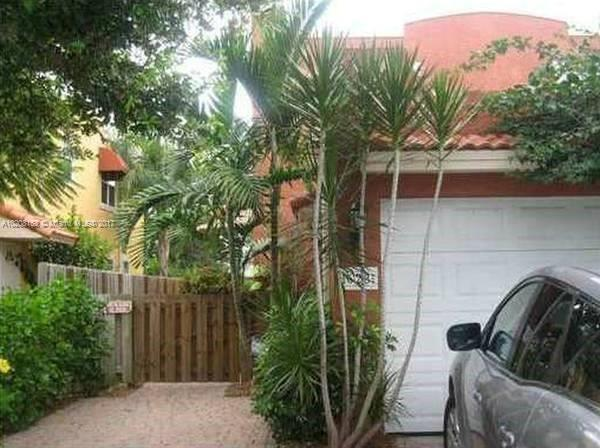 601 10th Ave , Fort Lauderdale, FL 33304