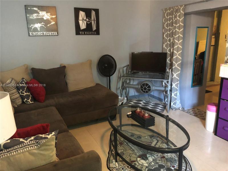 Imagen 2 de Residential Rental Florida>Miami>Miami-Dade   - Rent:1.350 US Dollar - codigo: A10429763
