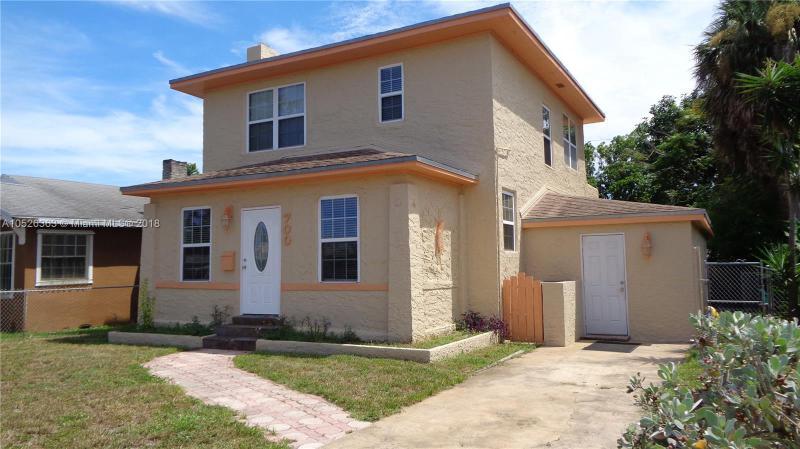 933 30th Court, West Palm Beach FL 33407-
