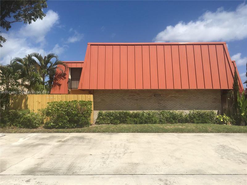 2805  Veronia  Unit 103, Palm Beach Gardens, FL 33410-
