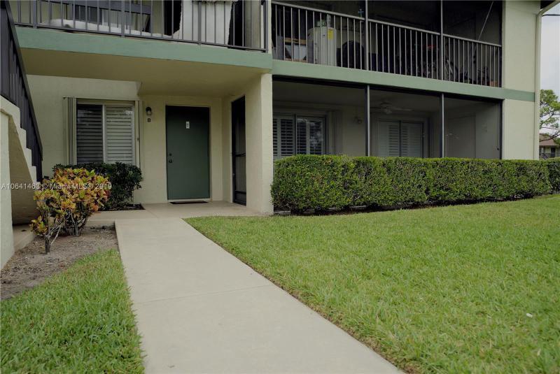 6547E  Chasewood Drive , Jupiter, FL 33458-