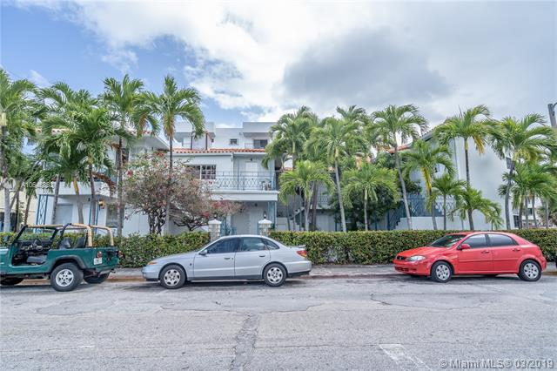 7636  Abbott Ave , Miami Beach, FL 33141-2397