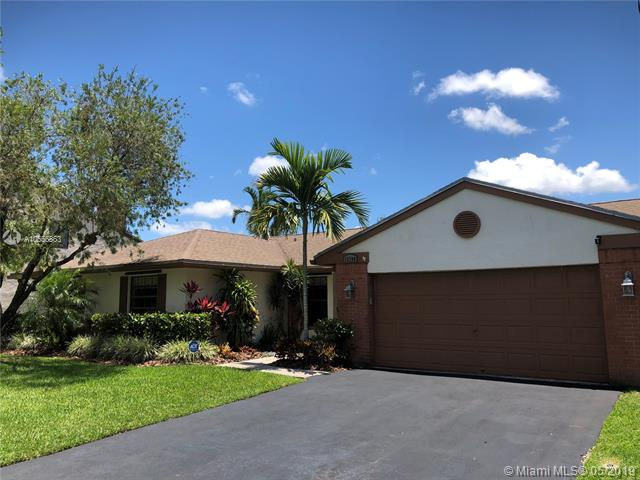 14661  Highland Springs Ct , Davie, FL 33325-3050