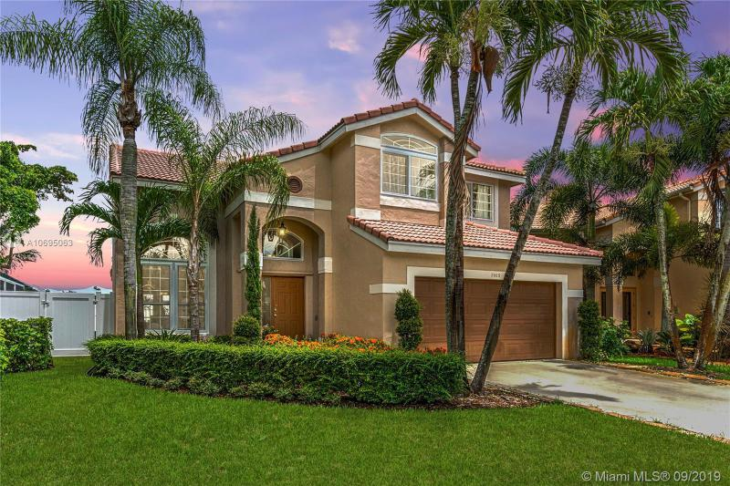 2003 NW 183rd Ave, Pembroke Pines, FL, 33029