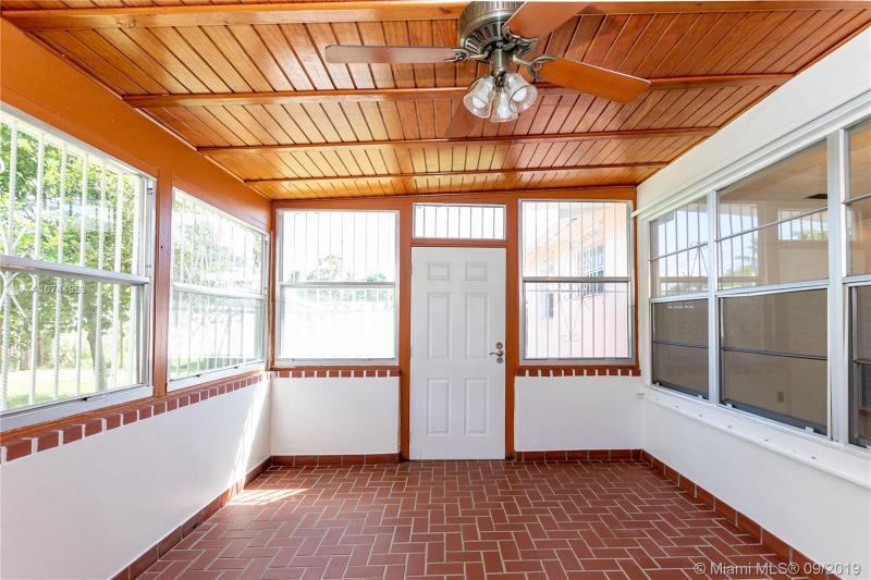 3831 SW 32nd St, West Park, FL, 33023