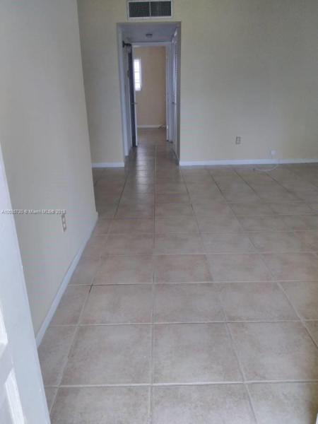 927 N 18th Ct  Unit 19, Hollywood, FL 33020-3523