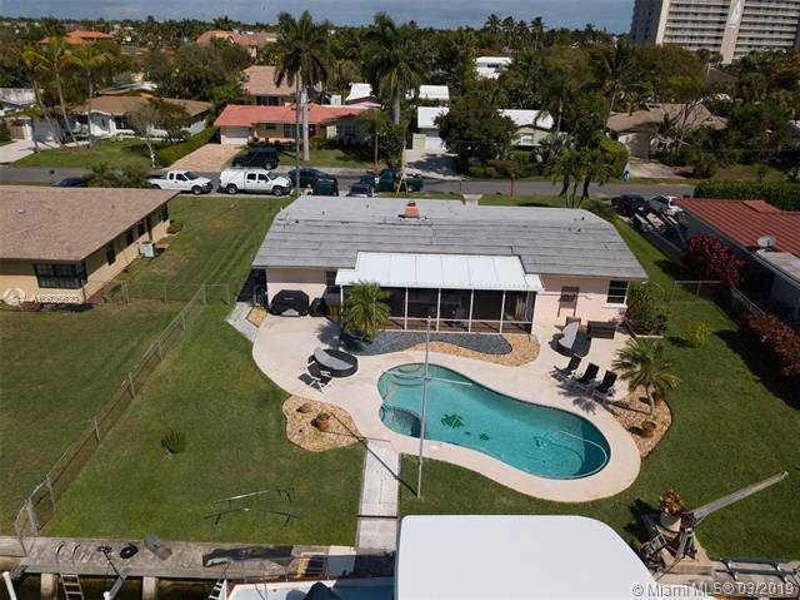 3206  Dover Rd  Pompano Beach, FL 33062-1210 MLS#A10625630 Image 1