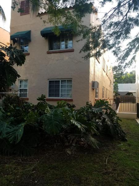 119  Menores Ave  Unit 11, Coral Gables, FL 33134-4053
